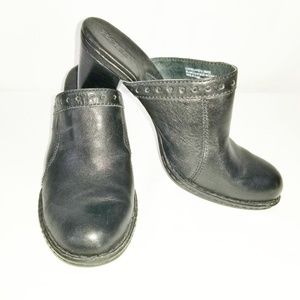 Born Leather Women's Clogs/Mules